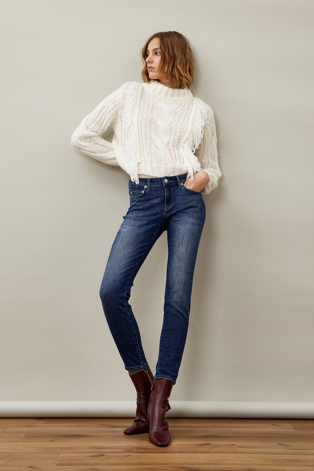 ROY ROGERS: CATE JEANS IN SUPER STRETCH CONAKRY