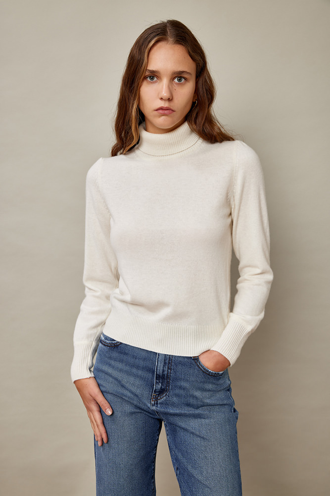 ROY ROGERS: TURTLE NECK SWEATER IN WOOL AND CASHMERE